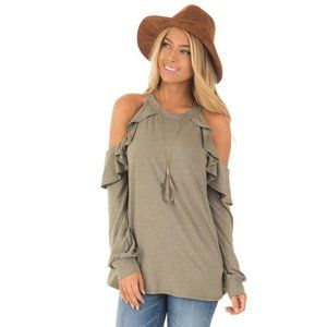 FIRST LOVE | Ruffle Cold Shoulder T-shirt